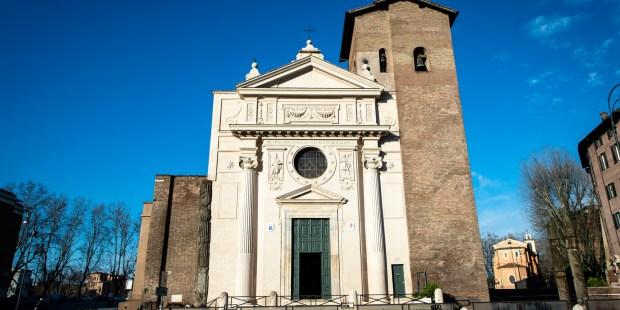 (FOTOGALLERY) Le foto della basilica di San Nicola in carcere