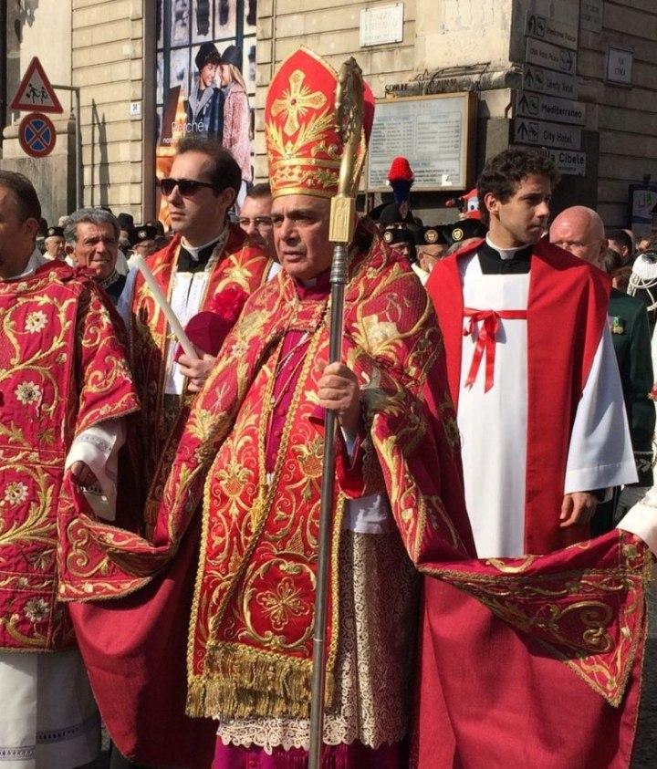 vescovo di Catania