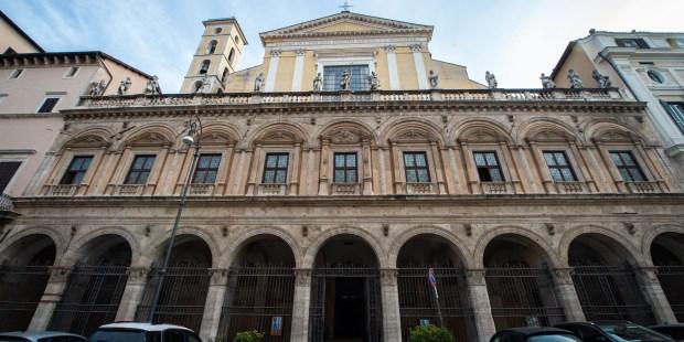 (FOTOGALLERY) Foto della basilica Santi XII Apostoli