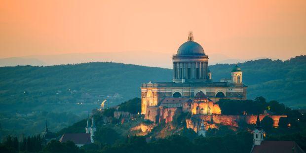 Catedral de San Adalberto de Esztergom, también conocida como Basílica de Esztergom
