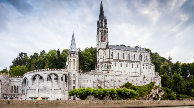 Lourdes,Church