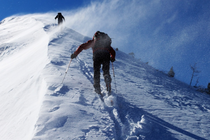 CLIMBERS, MOUNTAIN, SNOW