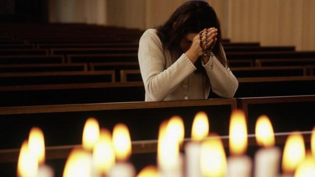 WOMAN PRAY,